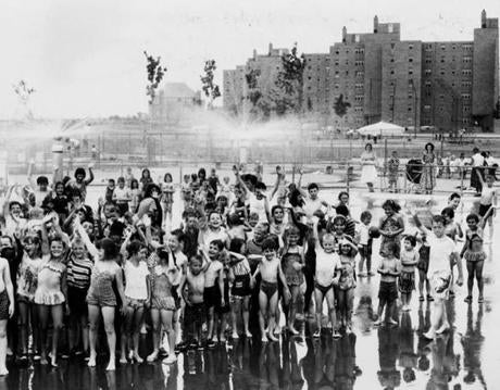 June 30 1960: Boston-Columbia point project, kids ar sproy pool BGB