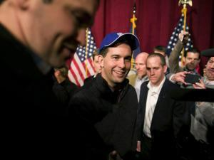 Scott Walker met supporters in Concord, N.H., at a Republican organizing meeting.
