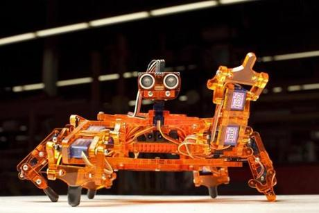 03/22/2015 - Somerville, MA - Artisan's Asylum - This robot, called the Hexi, is from an ArcBotics kit, the original of which was crafted by people who worked out the Artisan's Asylum in Somerville, MA. Topic: BuildingBots. Photo by Dina Rudick/Globe Staff.
