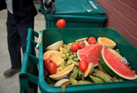 At a supermarket in Boston, CERO swoops in and picks up discarded food for composting.