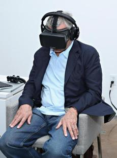 Actor Robert De Niro used the Oculus Rift during last year's Tribeca Film Festival.