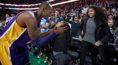 Photos Kobe Lakers Top Celtics Photo 17 Of 29