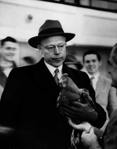 Senator Robert Taft was not smiling in 1952 after he was handed a prize rooster by an admirer. Five days later, he lost to Dwight Eisenhower.