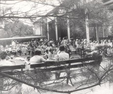 OPS photo by jack sheahan july 16 1972 tanglewood the crowd relaxes while waiting for the show to begin at tanglewood in the berkshires.