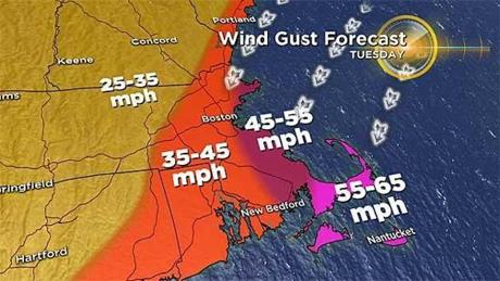 MA coast prepares for possible flooding during major winter storm