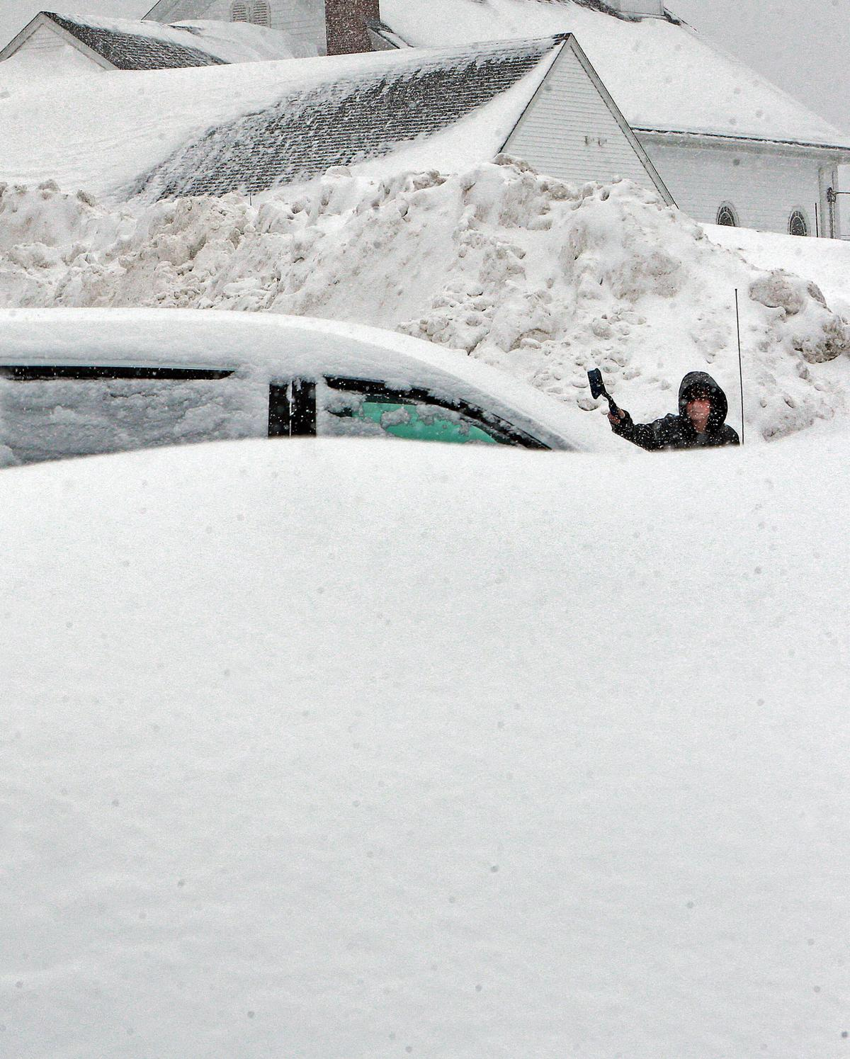 Snow Keeps Piling Up In New England The Boston Globe