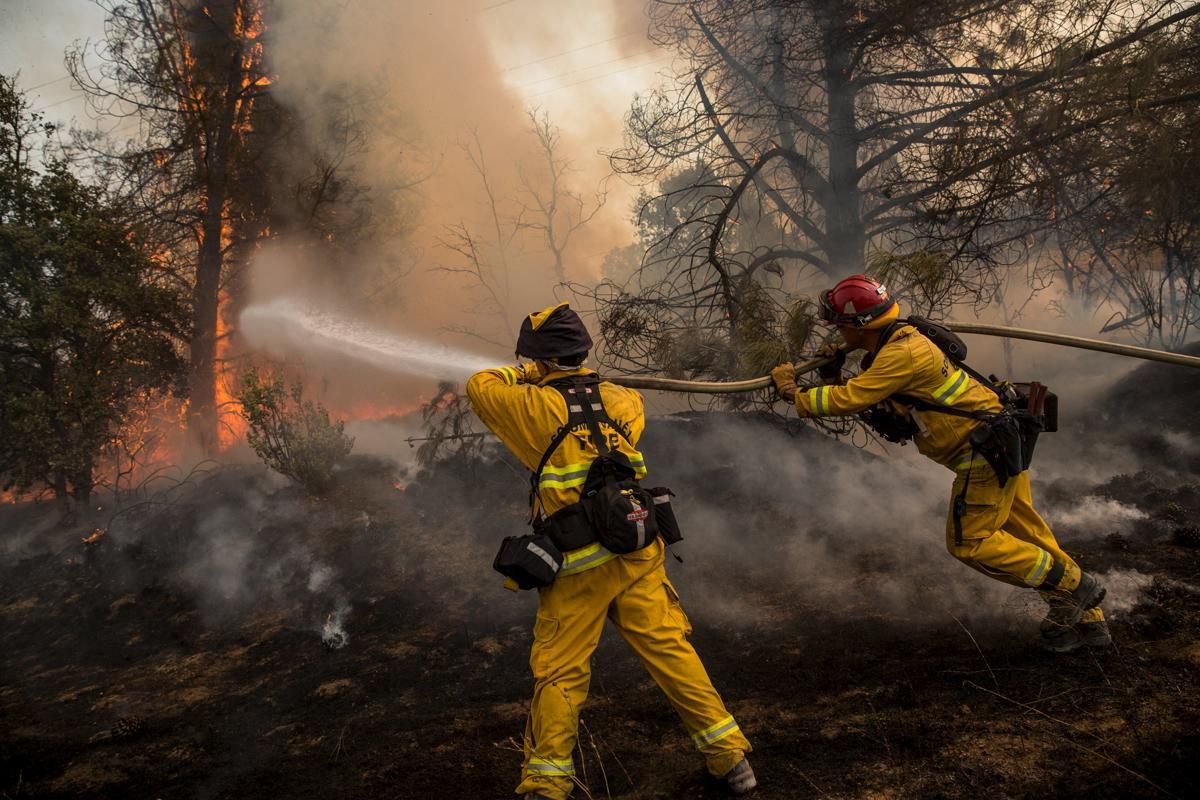 Espectaculares fotos de los incendios de California 2015-07-31T014748Z_1454809595_GF20000009348_RTRMADP_3_USA-WILDFIRES-WEST