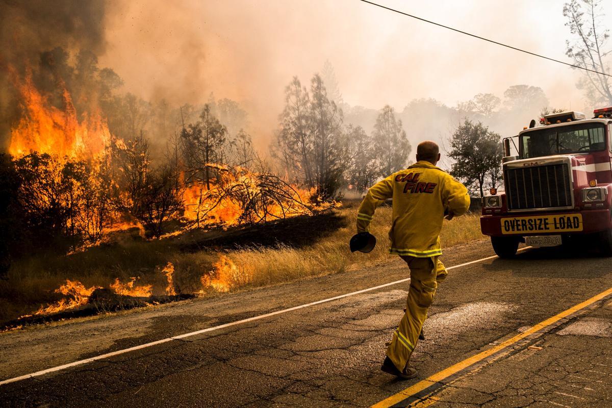 Espectaculares fotos de los incendios de California 2015-07-31T014819Z_1765104157_GF20000009355_RTRMADP_3_USA-WILDFIRES-WEST