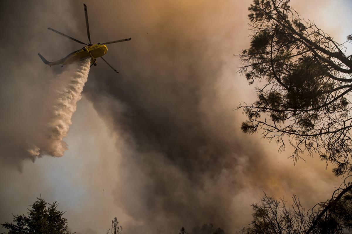 Espectaculares fotos de los incendios de California 2015-07-31T014819Z_1946011611_GF20000009353_RTRMADP_3_USA-WILDFIRES-WEST