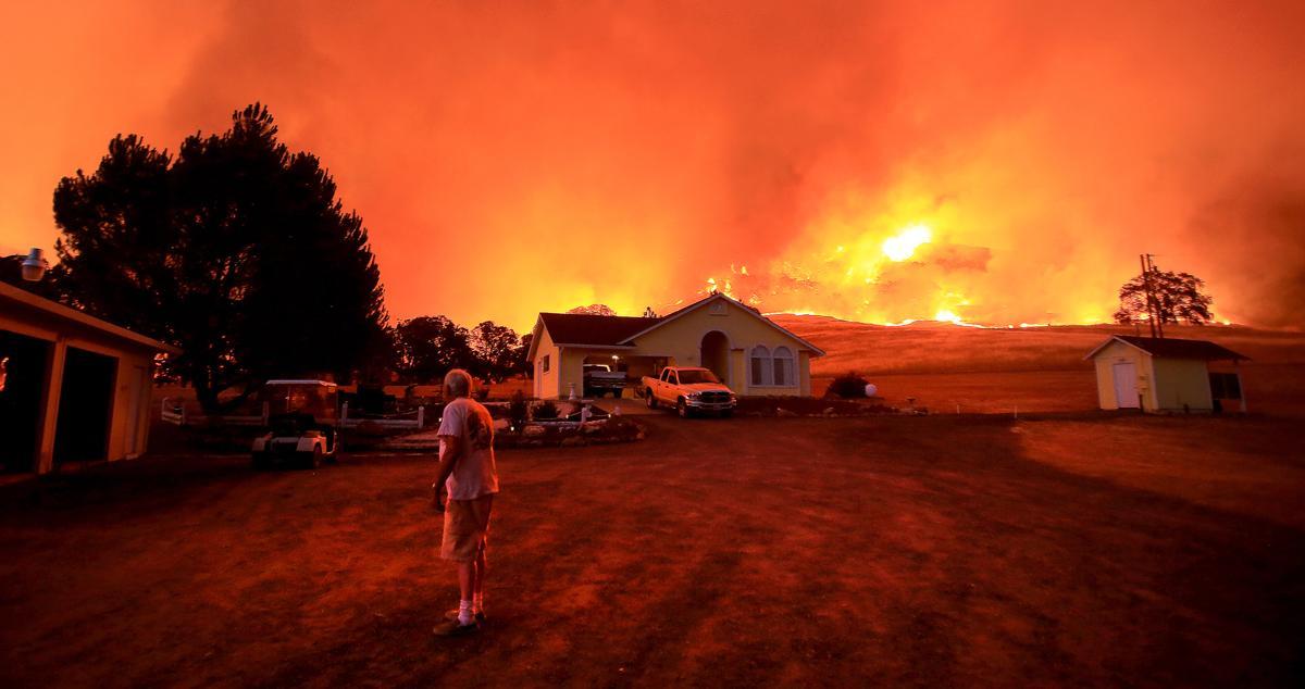 Espectaculares fotos de los incendios de California 39b0af0440924a40ae101ccc4c0aac49-a49eaec2448044fc8026810f64fa111a-0