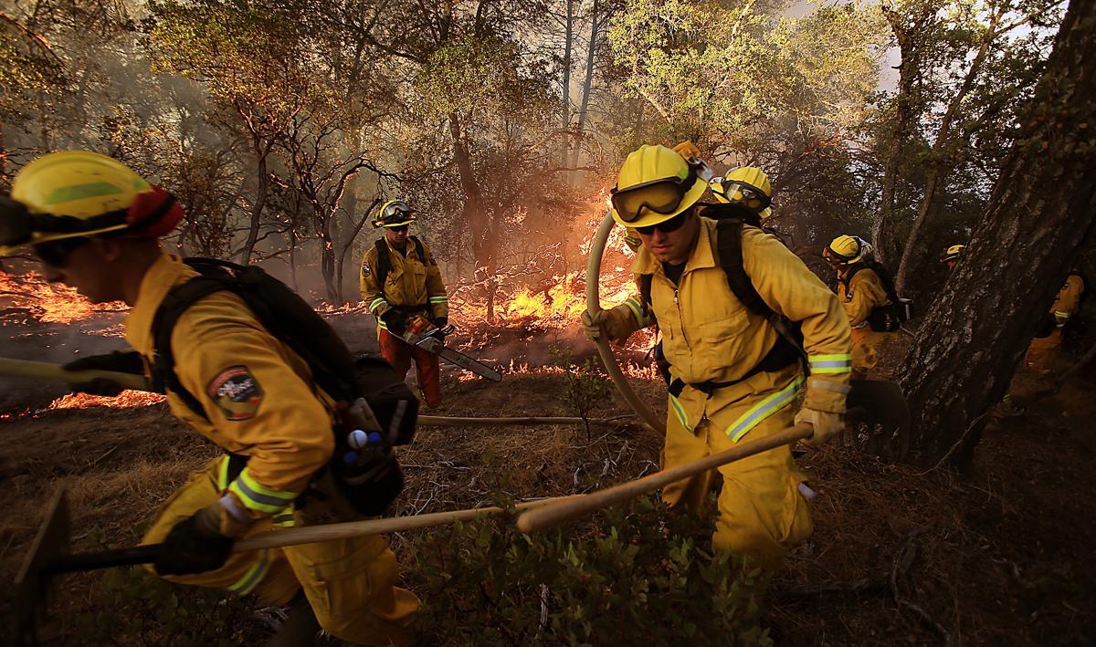 Espectaculares fotos de los incendios de California 39b0af0440924a40ae101ccc4c0aac49-a49eaec2448044fc8026810f64fa111a-4