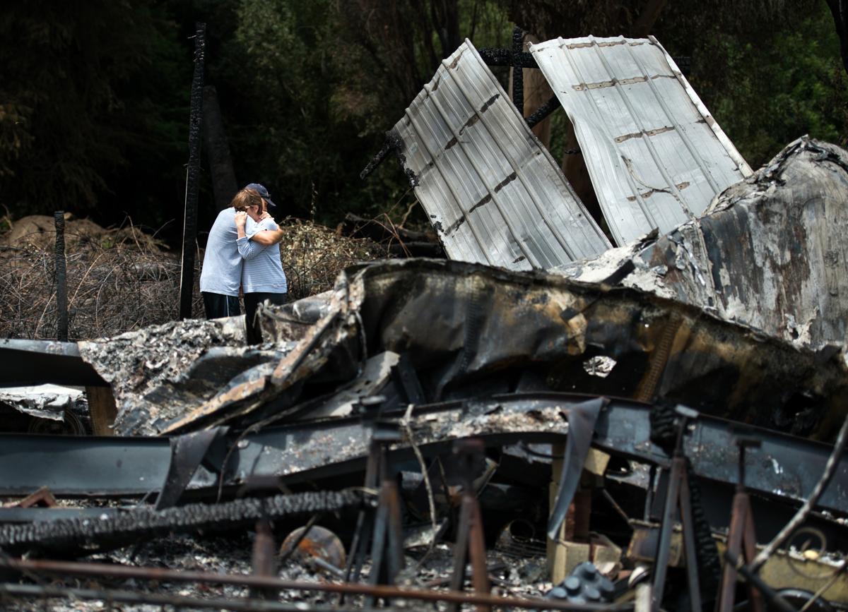 Espectaculares fotos de los incendios de California D4d86bb99dde401da9137e383c0f770b-bd2649698648473f9342623b9863764b-3