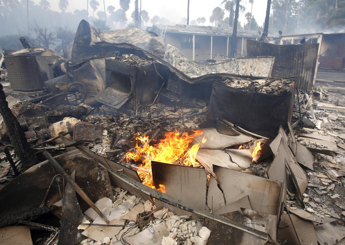 Espectaculares fotos de los incendios de California D52f9eacc7b548d29520afe1010fe6ff-d52f9eacc7b548d29520afe1010fe6ff-0