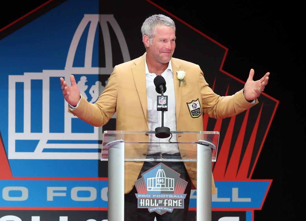 favre focus of attention at hall of fame induction ceremony brett favre is focus of attention at hall of fame ceremony
