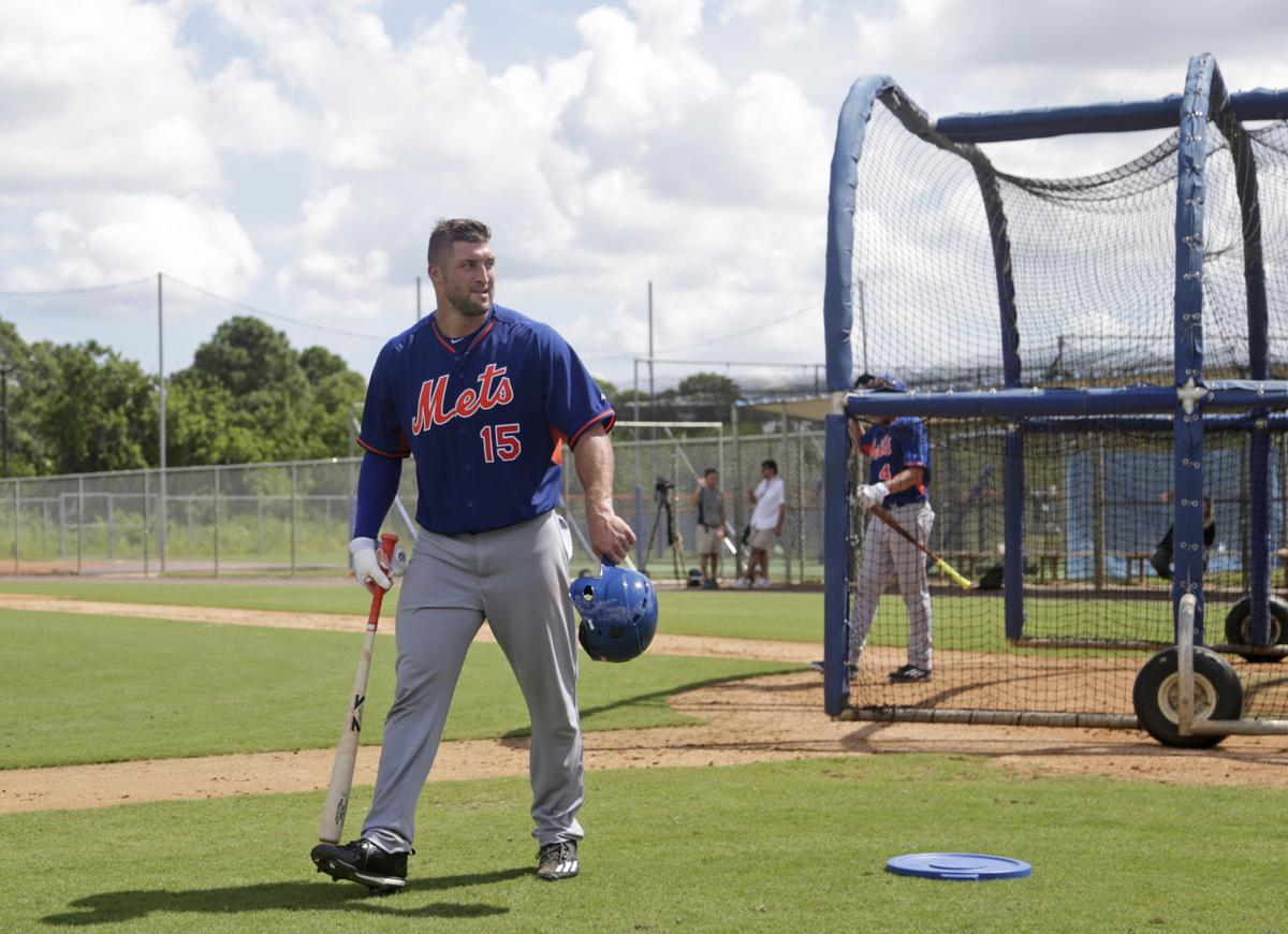 Tim Tebow Walked Away From The Batting Cage After Mondayu0027s Workout In Port  St. Lucie