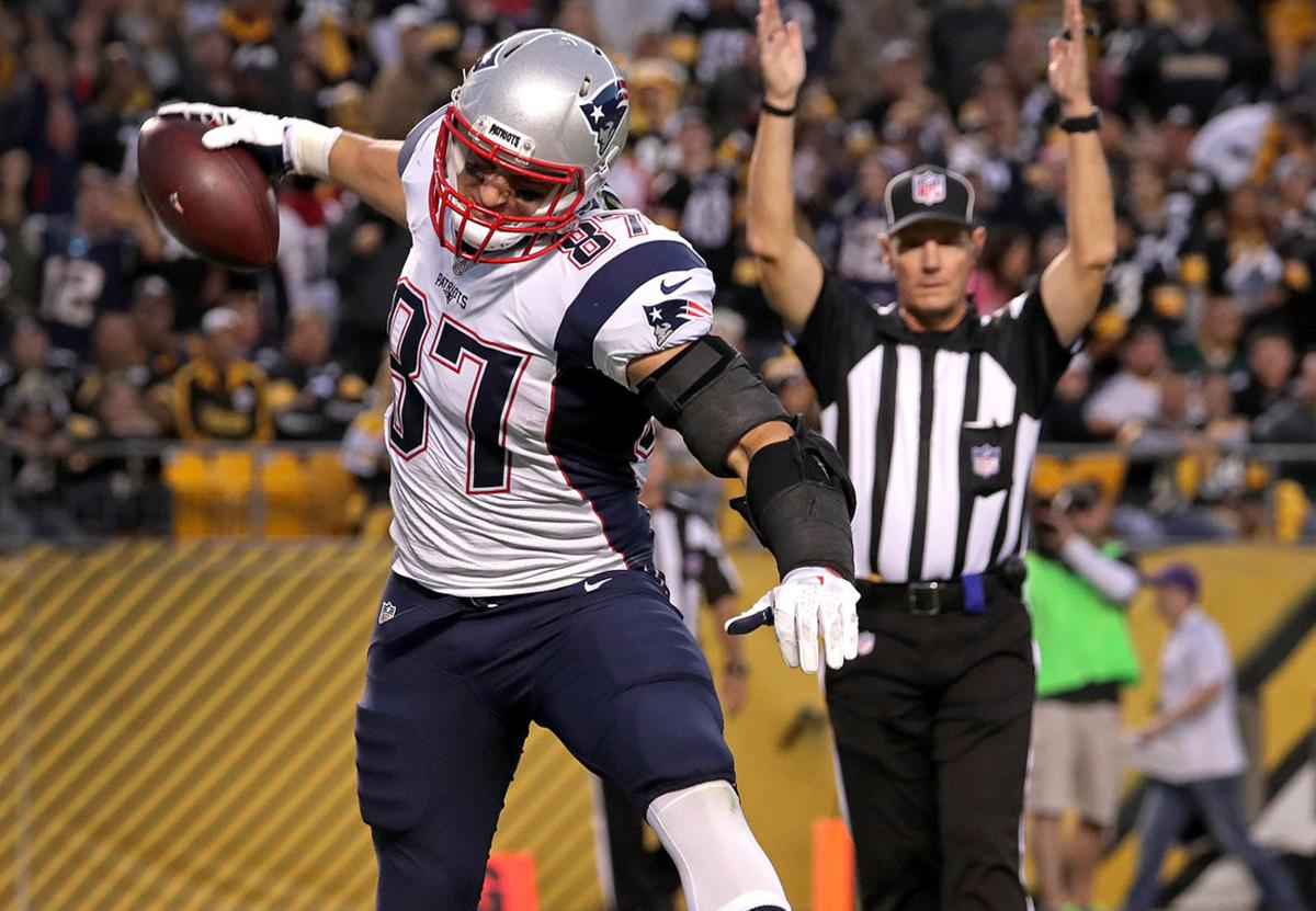 Rob Gronkowski agrees to restructured deal with Patriots