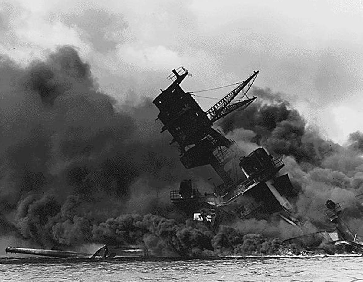 essay harbor html index pearl photo time time Focuses on us military actions from pearl harbor to the pacificwar/indexhtml modernhist/atomicbombhtml offers a background essay.