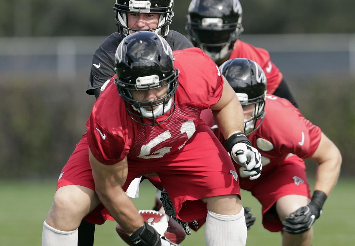 Falcons center Alex Mack has left all the losing behind