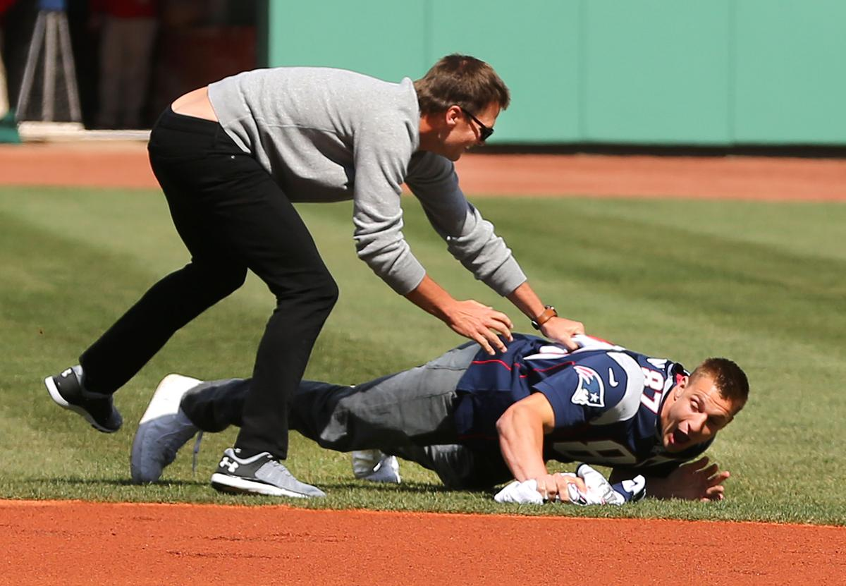 So Brady took matters into his own hands. 8bd7d05e5