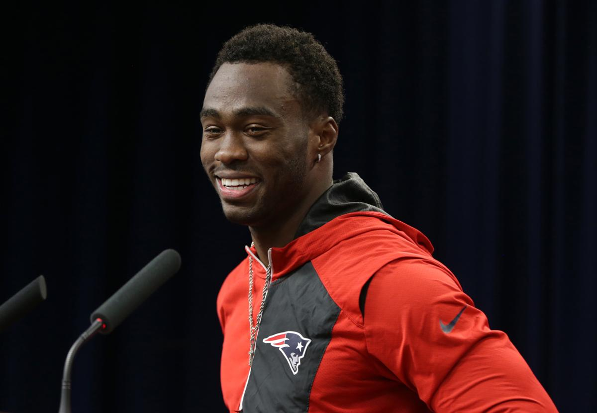 New receiver Brandin Cooks says Patriots are on a mission