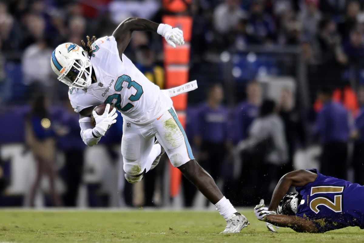 Eagles acquire running back Jay Ajayi