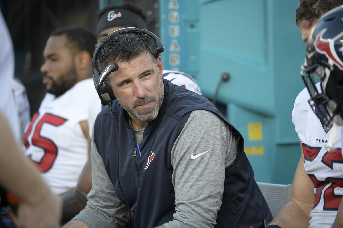Mike Vrabel Named Tennessee Titans Head Coach