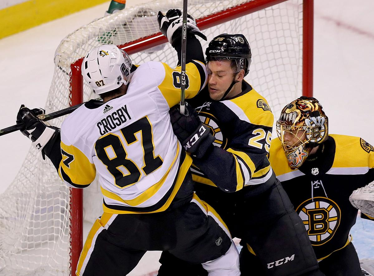 24f5834811c Bruins allow Brandon Carlo to get back up to speed