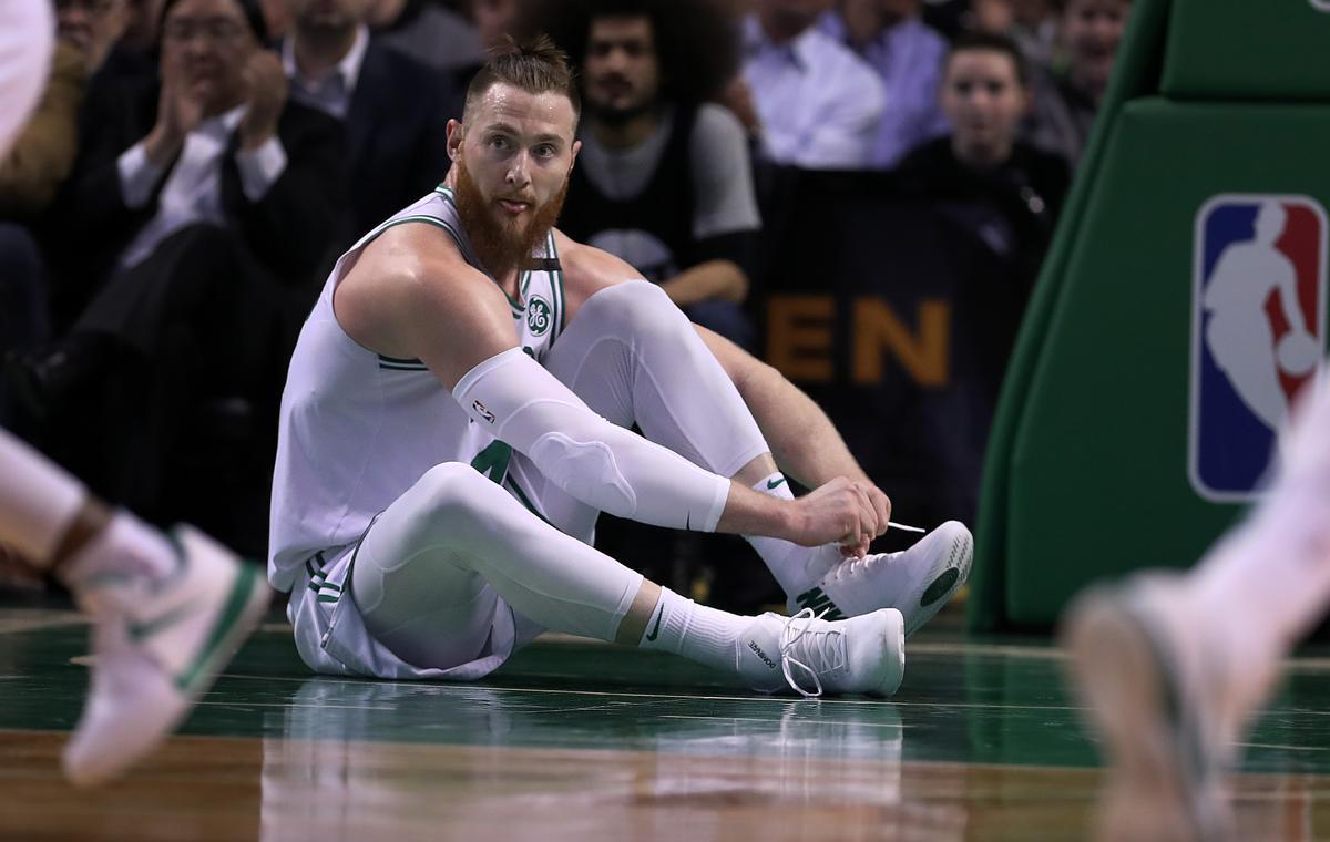 Jual Murah Aron Termurah 2018 Jam Tangan Wanita Giordano 2695 66 Baynes Celtics Agree To Two Year Deal Boston Ma 3 20 The Had One