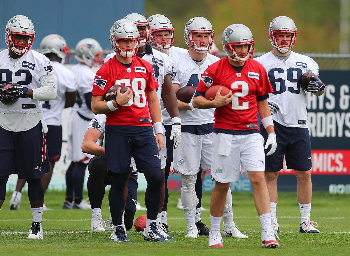 Danny Etling is thrown right into the mix at Patriots OTA 065e29957