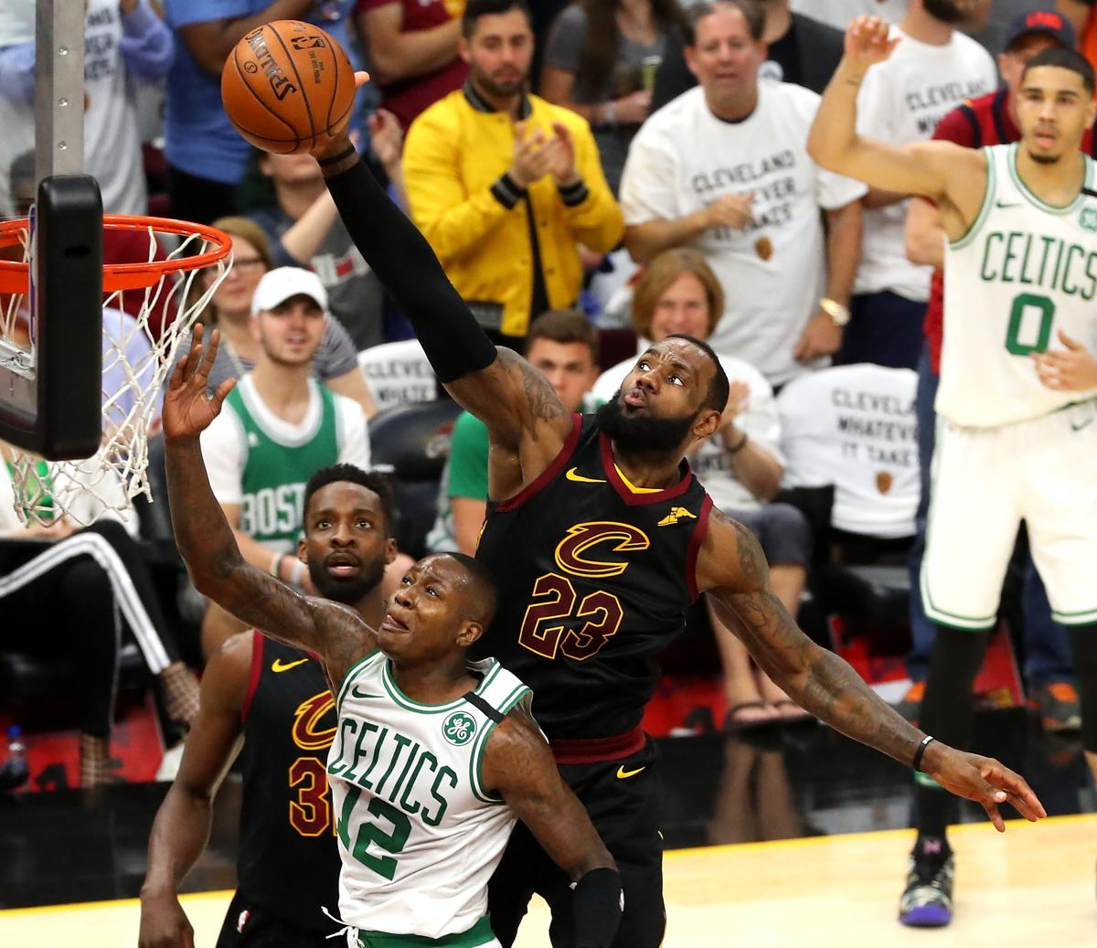 Sunday Basketball Notes  LeBron James and the art of the chasedown block 16a9f1495