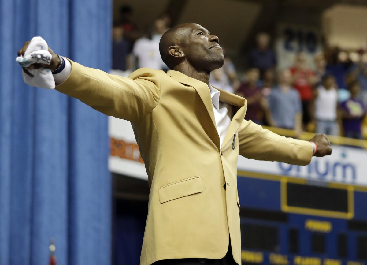 Terrell Owens celebrates induction at a distance 64aba490d