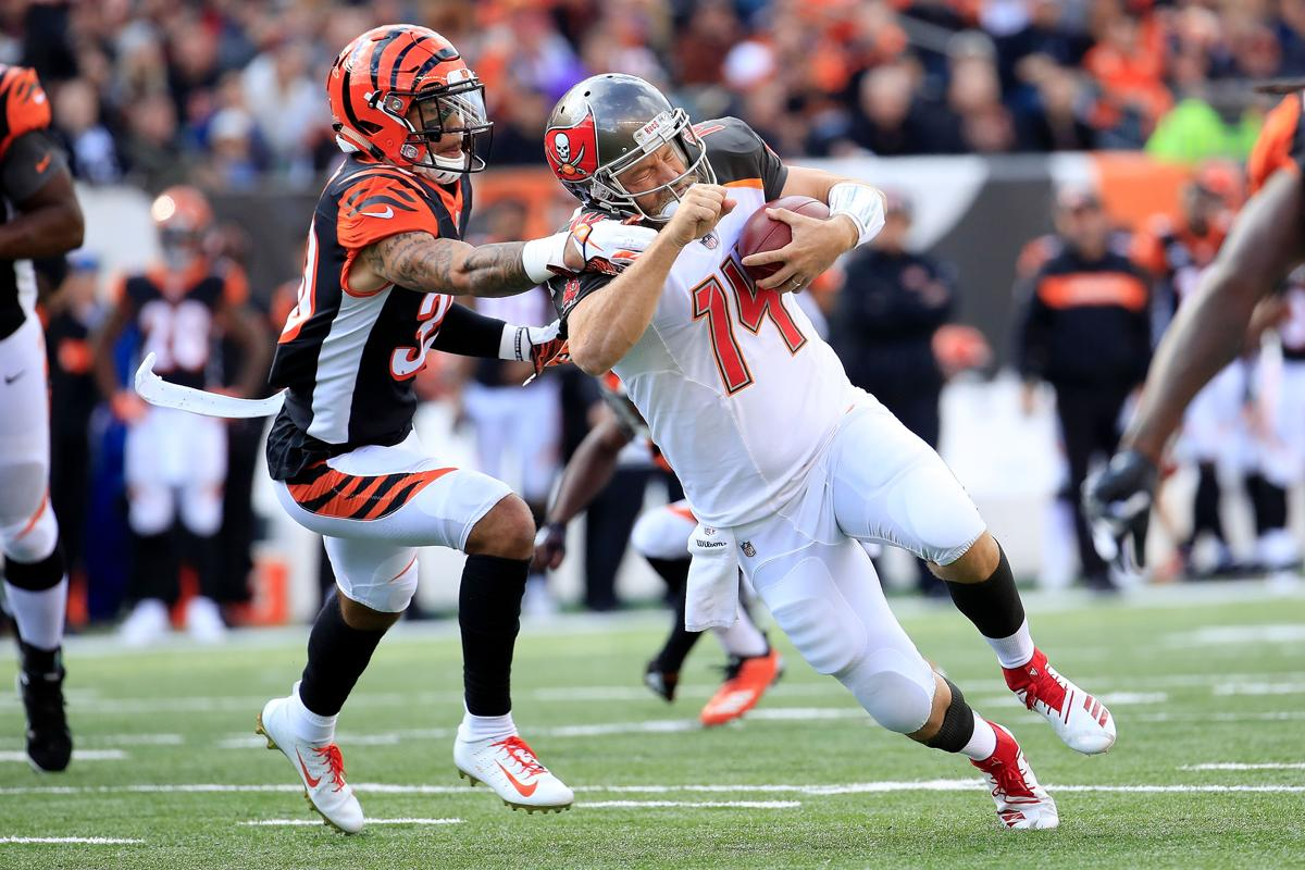 Notebook  Bucs face another QB decision after Jameis Winston throws ... 295d55f93