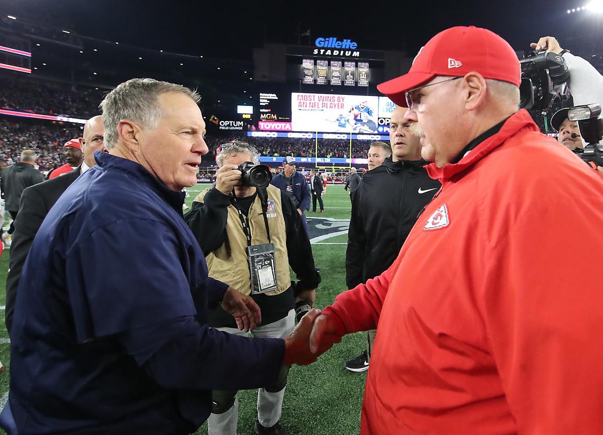 Foxborough MA 10 14 18 New England Patriots head coach Bill Belichick  shaking hands 0dfe7b5bc