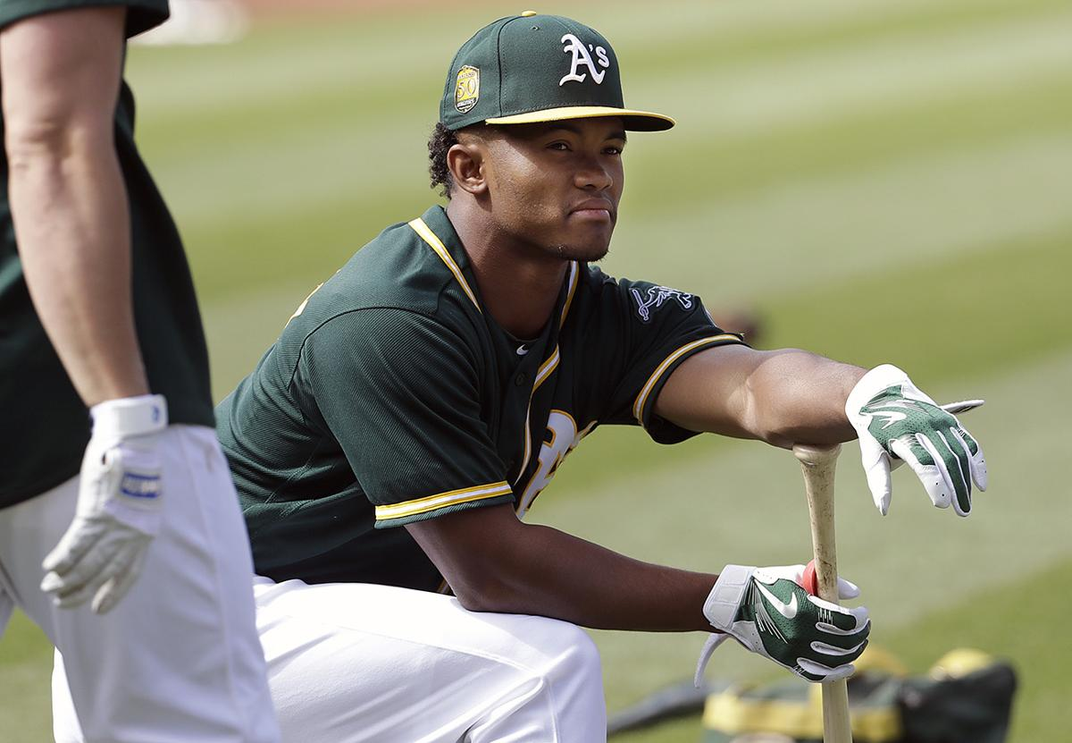 5f6f9c499 Why Kyler Murray should choose baseball over football