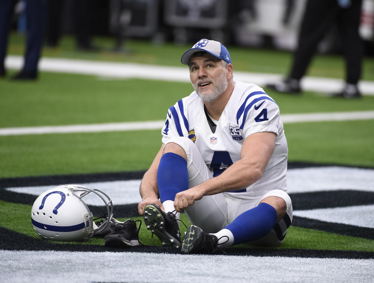 Colts bring back 46-year-old Adam Vinatieri for another season 8b5a1470b