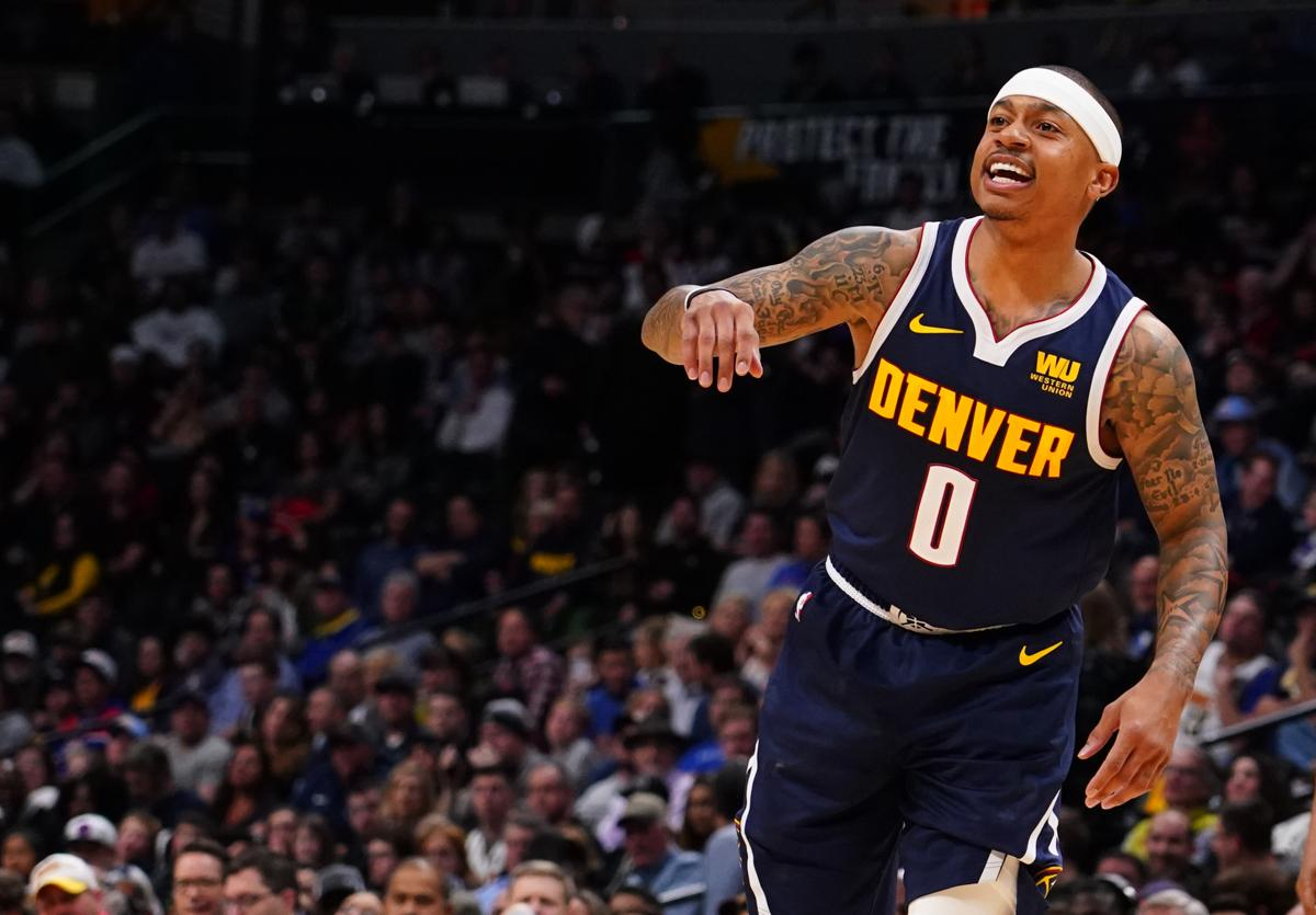 Isaiah Thomas receives standing ovation in season debut 075a3d7bb