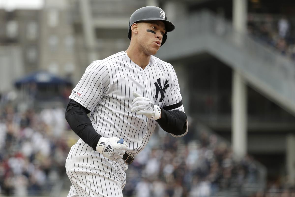 Aaron Judge Home Runs 2020.Aaron Judge Hurts Oblique Adds To Yankees Injury Woes