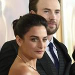 Jenny Slate and Chris Evans at the premiere of