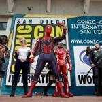 Mandatory Credit: Photo by DAVID MAUNG/EPA-EFE/REX/Shutterstock (9766934j) People lounge about in front of the San Diego Convention Center on the second day of Comic Con International in San Diego, California, USA, 20 July 2018. Comic Con International in San Diego, USA - 20 Jul 2018