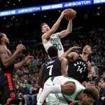 Boston, MA - 11/16/2018 - (2nd quarter) Boston Celtics forward Gordon Hayward (20) pulls down an offensive rebound during the second quarter. The Boston Celtics host the Toronto Raptors at TD Garden. - (Barry Chin/Globe Staff), Section: Sports, Reporter: Adam Himmelsbach, Topic: 17Celtics-Raptors, LOID: 8.4.3836869140.