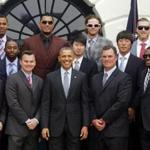 U.S. President Barack Obama poses with the 2013 World Series Champion Boston Red Sox to the South Lawn of the White House in Washington, April 1, 2014. REUTERS/Larry Downing (UNITED STATES - Tags: POLITICS SPORT BASEBALL)