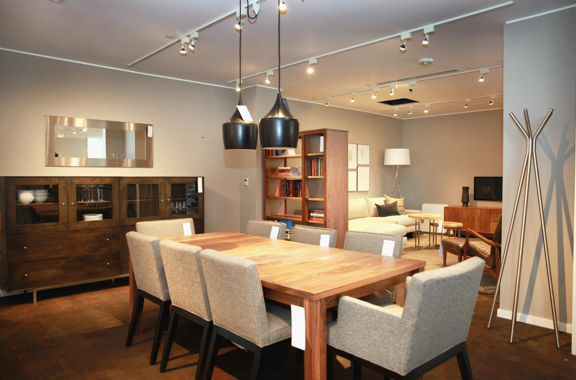 Room And Board Dining Room Chairs Room Amp Board Set To Open 39000 Sq Foot Showroom On Newbury The