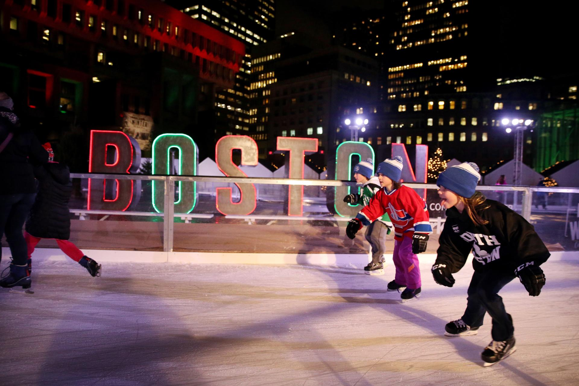 after delay boston winter opens on city hall plaza the boston globe