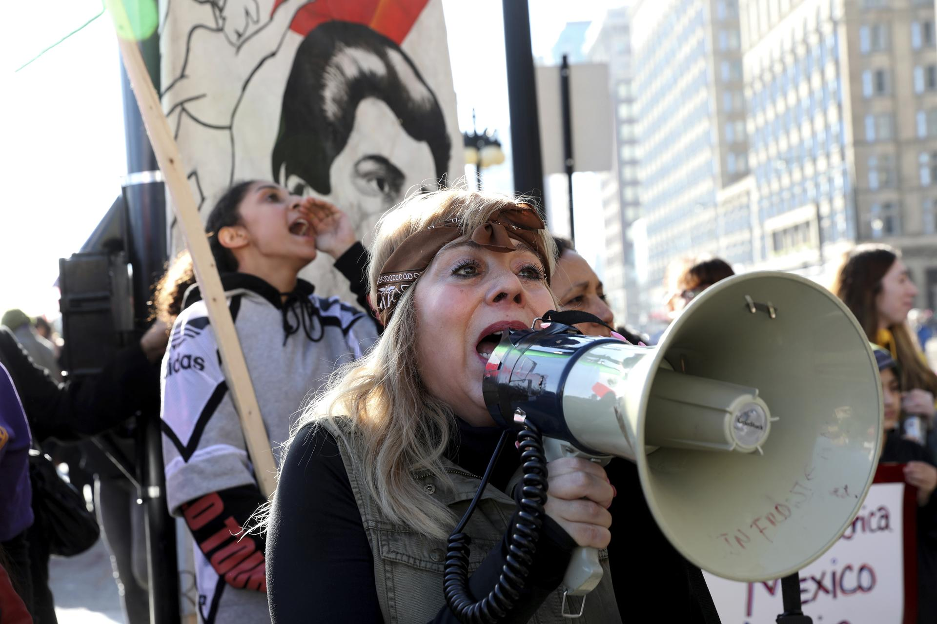 Activist Emma Lozano stirred up the crowd around her during the Women's March in Chicago, which drew 250,000 on Saturday, according to The Chicago Tribune.