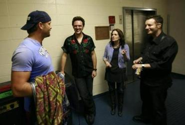 McKenna opened for Tim McGraw and Faith Hill during a 2007 tour. Before a concert in Washington state, McGraw chats with the trio backstage.