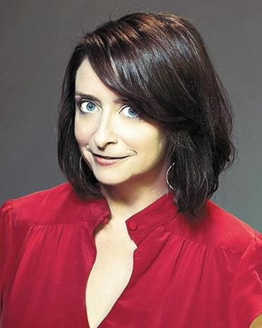 "In her new memoir, ""Girl Walks into a Bar...,"" Dratch writes about her time at ""Saturday Night Live"" and the life crisis that followed, and also about growing up in Lexington."