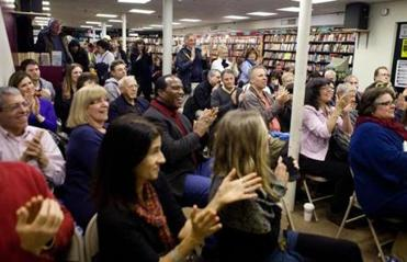 The audience reacts to Chris Matthews at the Brookline Booksmith during his author appearance event.