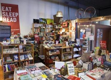 Hello Hello Books sells new and used books, magazines, gifts, and vintage items.