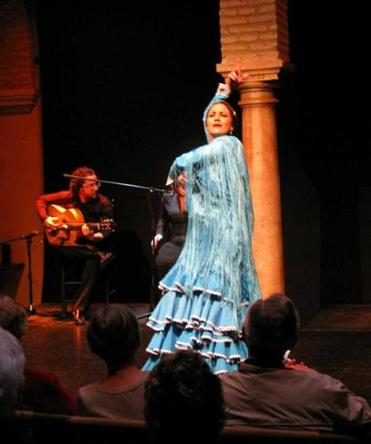 An evening show at the Museum of Flamenco Dance.
