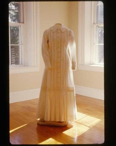 A reproduction of Emily Dickinson's white dress.